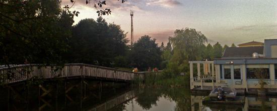 de centrale mast van de Eemhof