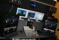 Een kijkje in de DanceRadio992 studio